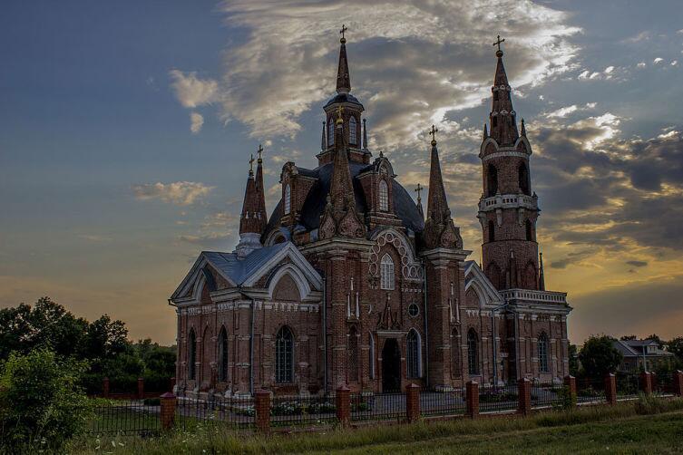Церковь Знамения Божьей Матери в Вешаловке