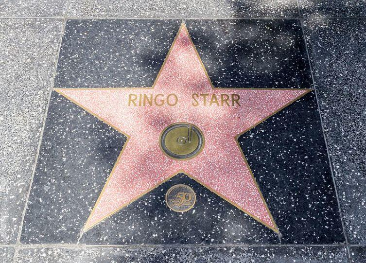 Звезда Ринго Старра на Голливудской «Аллее славы»
