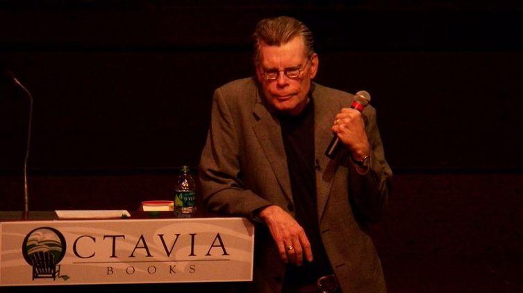 Стивен Кинг в 2011 г.