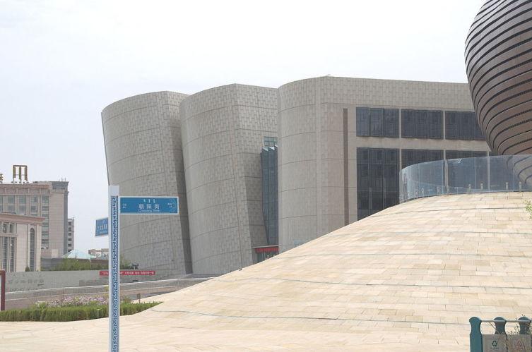 Городская библиотека в Ордосе