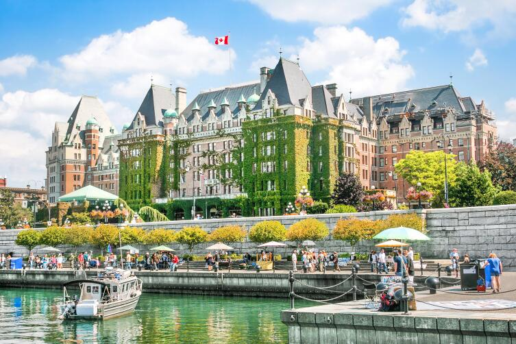 В Канаде не копите монеты, расплачивайтесь ими сразу