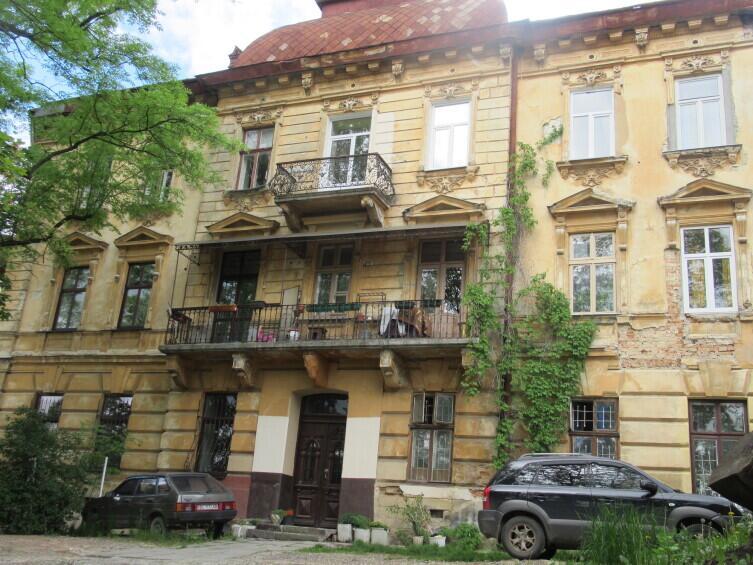 Балкон моего хостела (Хостел Европа)