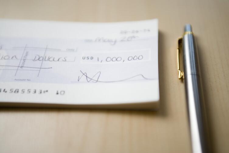 Почему цель «заработать миллион долларов» ведет к разочарованию, а не к миллиону?