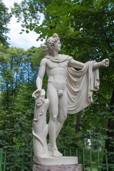 Статуя Апполона в Летнем саду, Санкт-Петербург