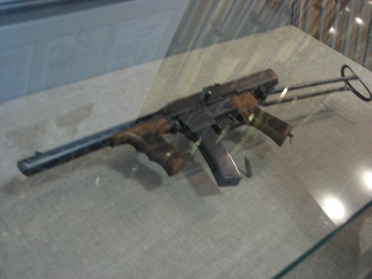 Первый пистолет-пулемёт Калашникова