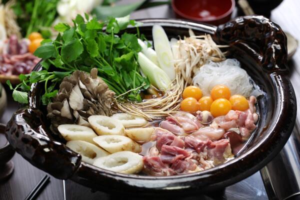 «Горячий горшок»: как в Японии  упростили кухонные хлопоты?