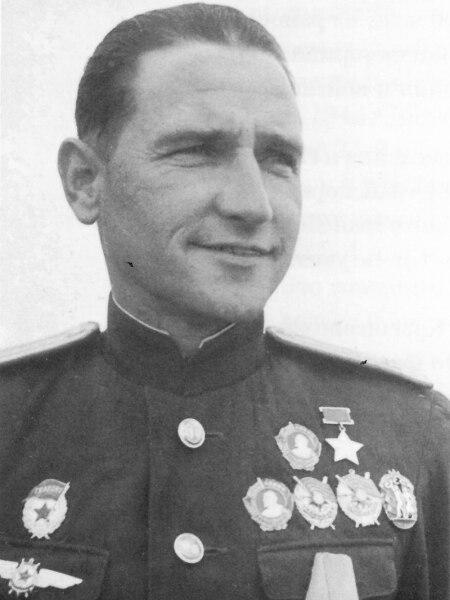 Дважды Герой Советского Союза Николай Васильевич Челноков