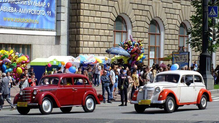 Москвич-401 и Opel Olympia