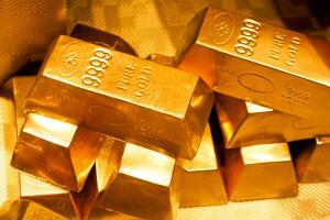 Турбулентные времена: вкладывать ли в золото?