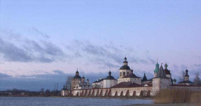 Кирилло-Белозерский монастырь. Вид с юго-востока