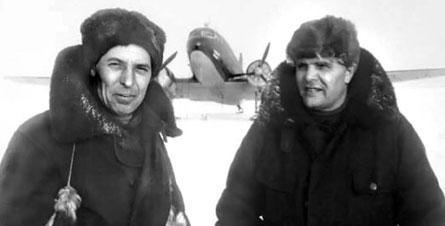 Знаменитые полярные асы И. И. Черевичный и М. В. Водопьянов, 1948 г.