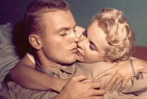 Любовные баллады 1950-х. Какова история песен об опасной, юной и несерьёзной любви?