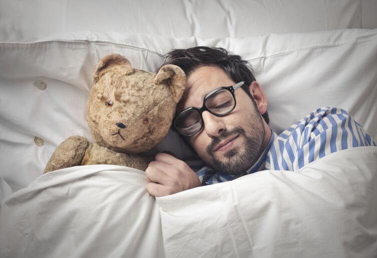 Если полноценный отдых не помогает, обращайтесь к врачу, ищите причину сонливости