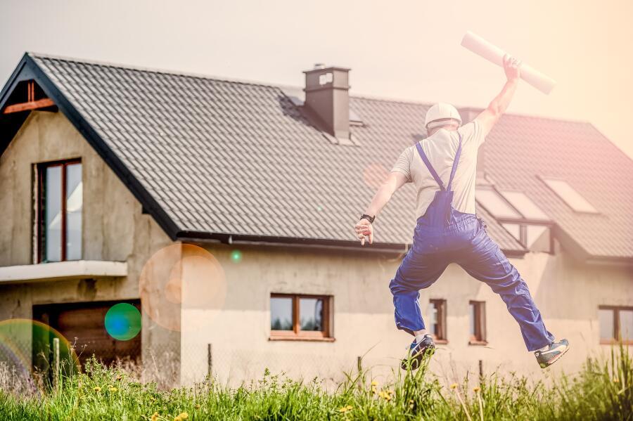 Как выполнить внутреннюю отделку дома своими силами?