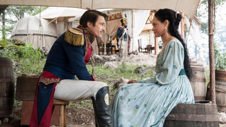 Эмили Уэст и Санта-Анна в сериале «Texas Rising»