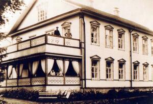 Почему единственный в России дом-музей Игоря Северянина находится в Вологодской области?