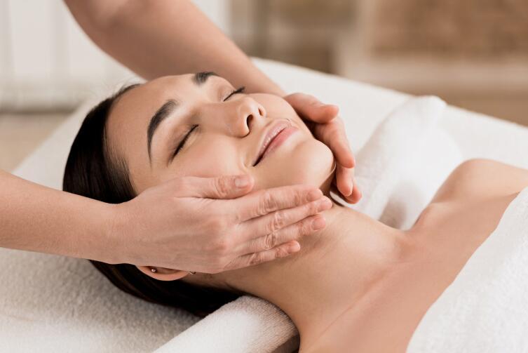 В косметическом массаже применяется методика, разработанная еще в Древнем Египте