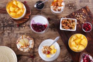 Как приготовить слоеное итальянское парфе? Десерт из фруктов