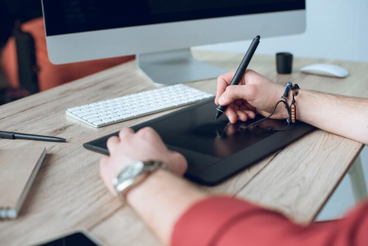 Отсутствие офиса значительно удешевляет организации производственный процесс