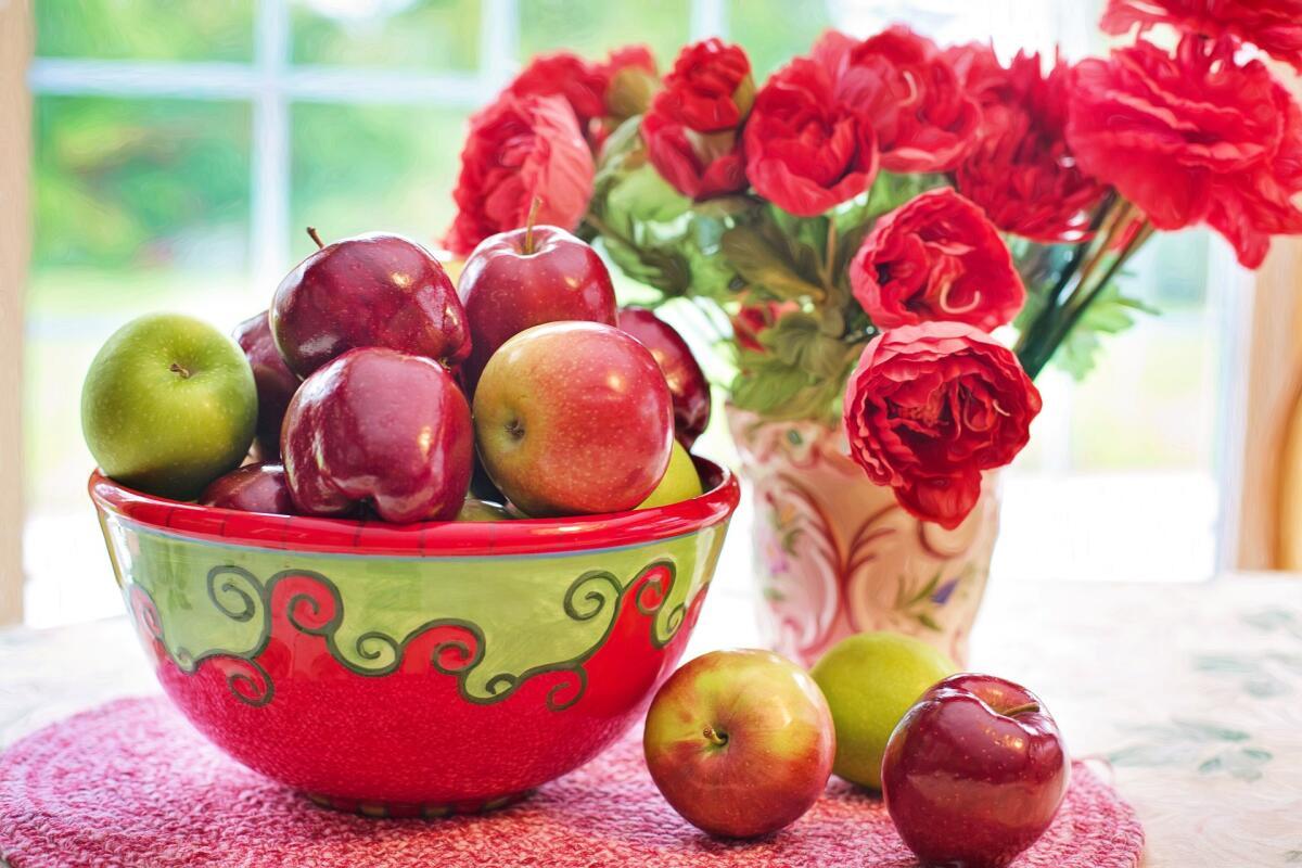 Чем угощать на Яблочный Спас? Постные десерты из яблок