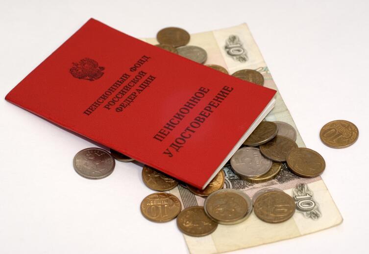 Время учебы увеличит трудовой стаж, но может снизить размер пенсии