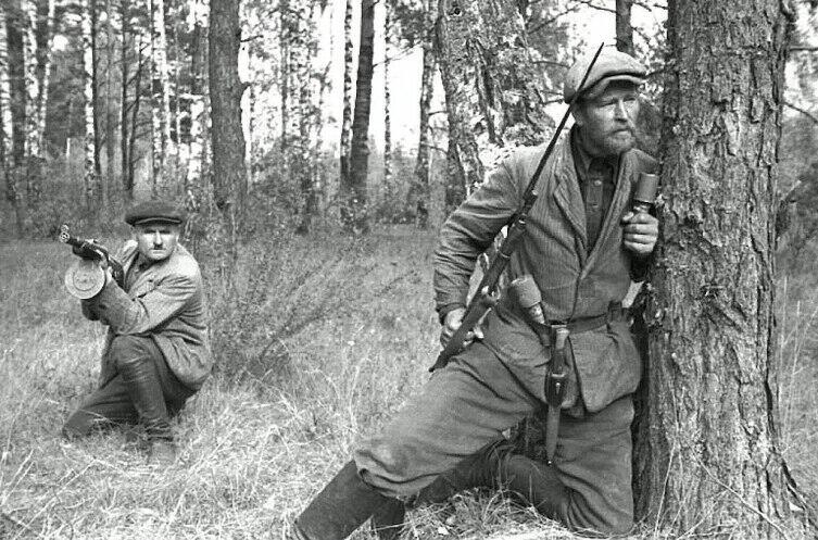 Советские партизаны в Белоруссии, 1943 г.