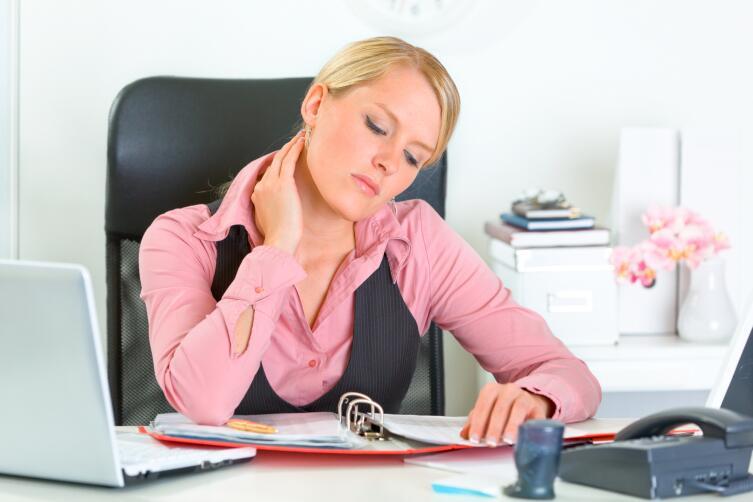 Усталость и головная боль могут быть проявлением обезвоживания