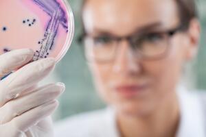 Можно ли излечить аутизм? Микробиота в помощь!