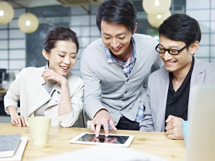 Найти работу в Японии сложно, поэтому люди ценят свое место