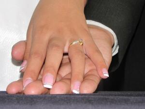 Почему не стоит выходить замуж за богатого мужчину? Пять веских аргументов