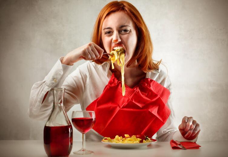 «Я ем все, просто не пускаю это в желудок… Так и не пополнею…» — самая грубая ошибка начинающих