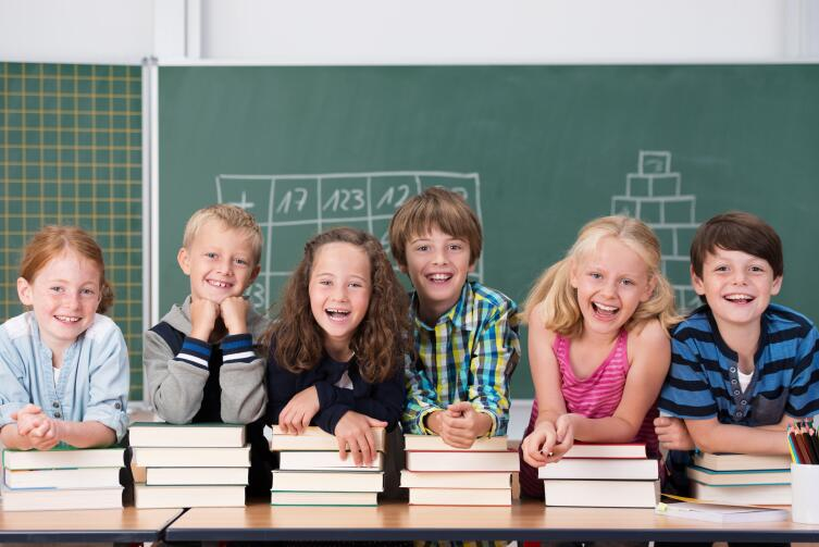 Дети мгновенно осваивают новые технологии, подстраиваются под возникающие требования