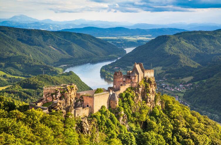 Замок на Дунае в Уахау