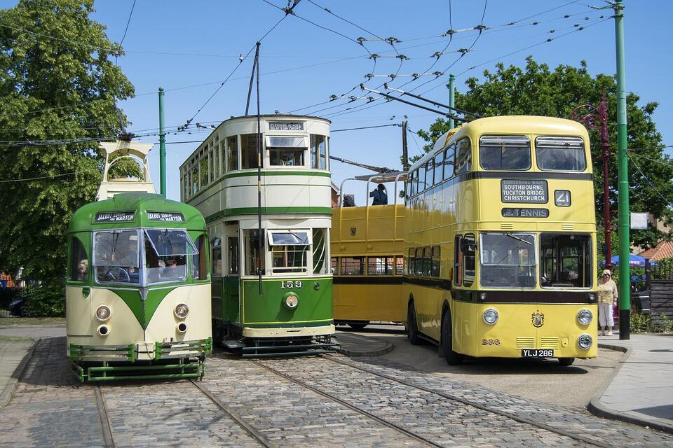 Как общественный транспорт влияет на городскую жизнь?
