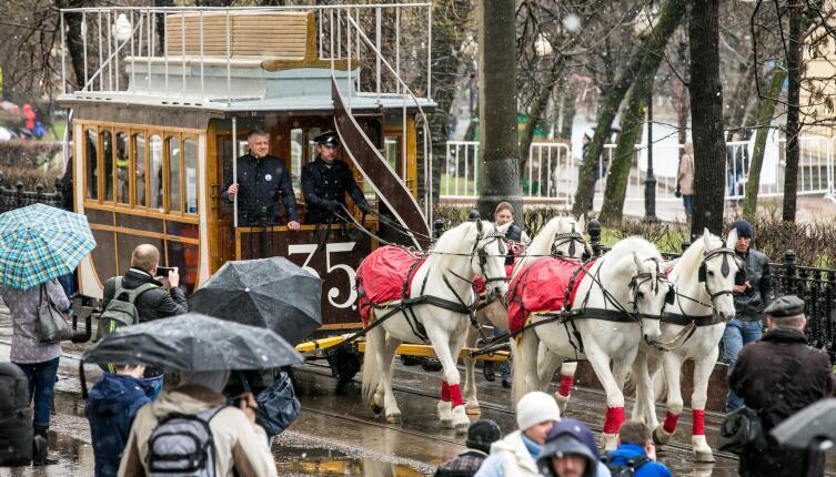Конка образца 1874 года на «Дне рождения Московского трамвая» 16 апреля 2016 года