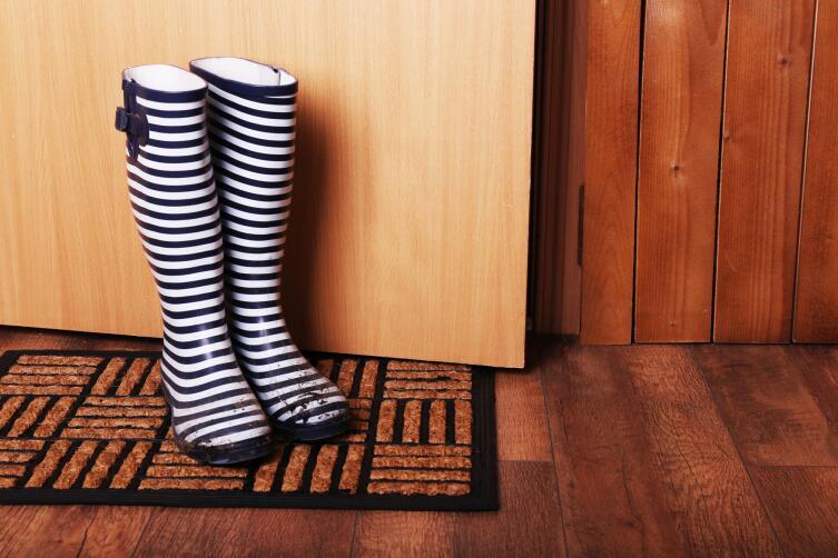 Как обезопасить помещение с приходом холодов?