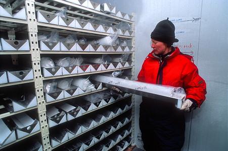 Национальная лаборатория ледовых кернов в Денвере
