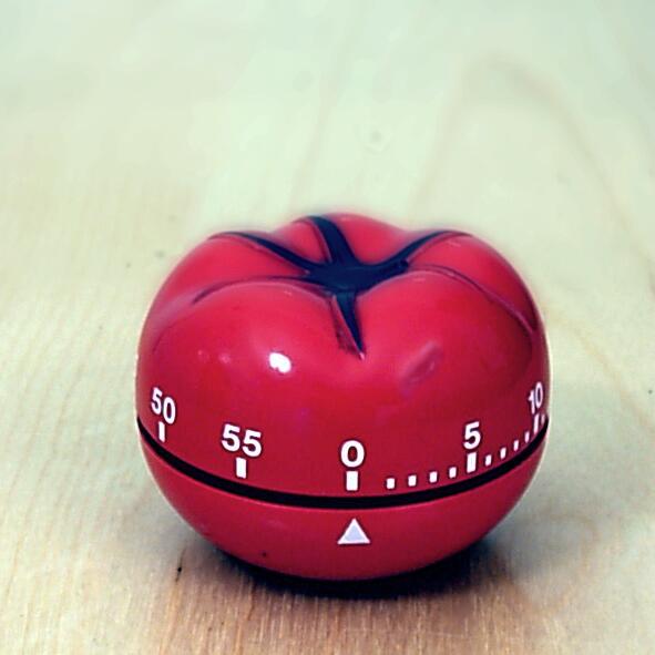 Кухонный таймер-помидор, в честь которого назван метод