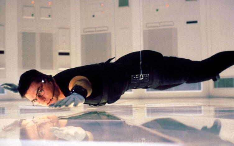 Кадр из к/ф «Миссия: невыполнима», 1996 г.