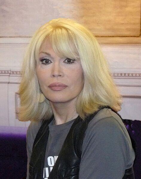 Аманда Лир в 2010 году