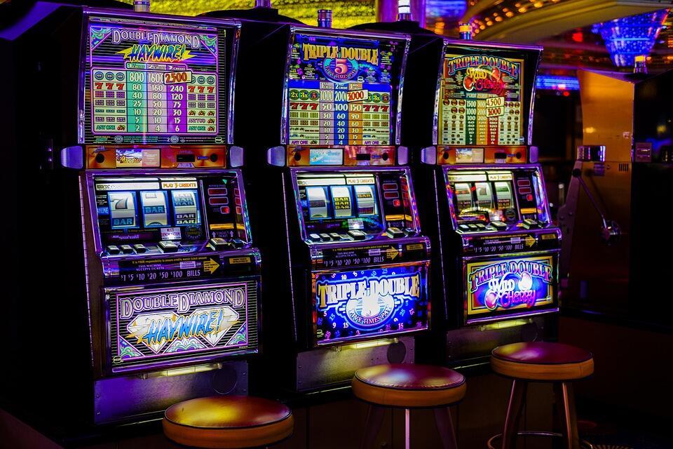 Игровые автоматы слоты скачать бесплатно без регистрации торрент