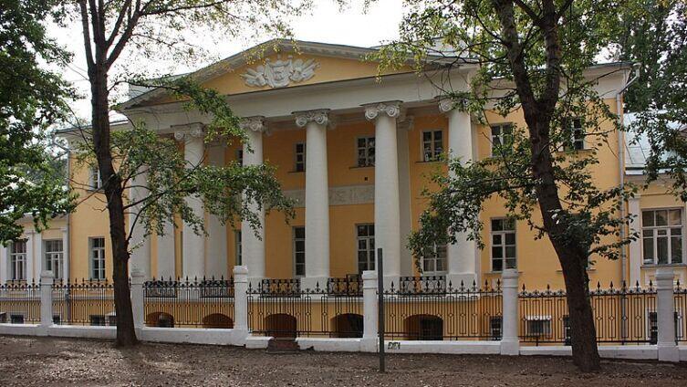 На Хитровке сохранился дом генерал-майора Н. З. Хитрово