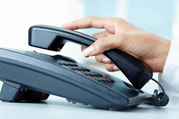 Как не остаться без денег после звонка от мошенников?