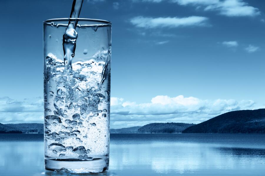 Как получить питьевую воду из воздуха?