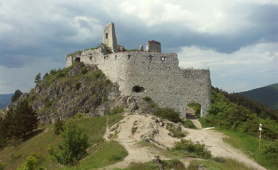 Чахтицкий замок - резиденция Елизаветы Батори