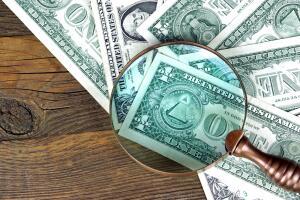 Финансовая пирамида. Как ее распознать и не потерять там свои деньги?