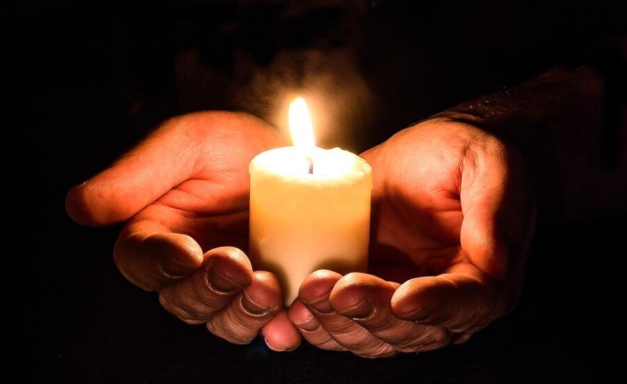 Когда были изобретены свечи?