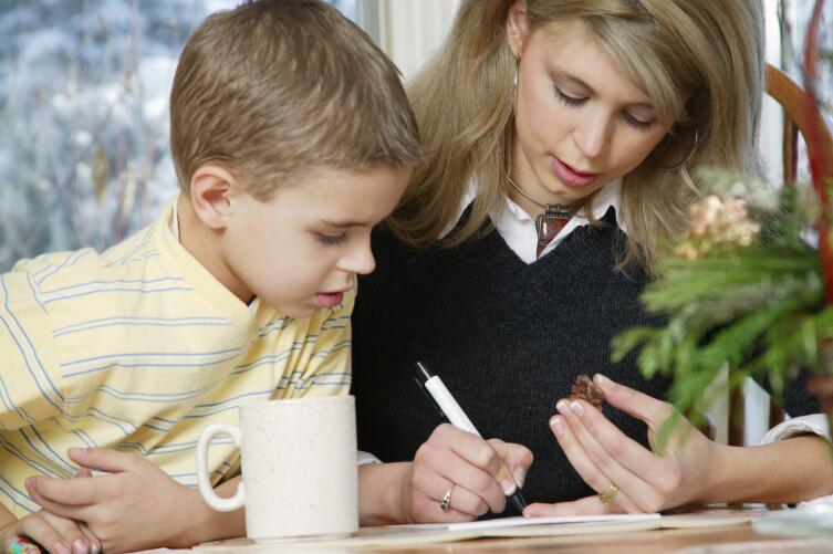 Важна ли успеваемость школьника и чем поможет репетитор?