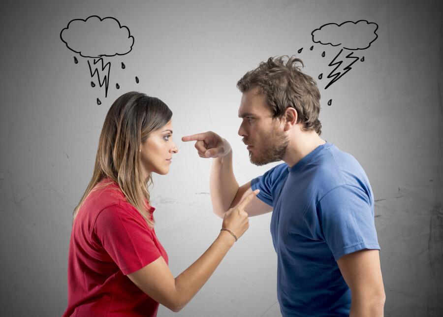 Почему муж унижает жену? Причины подобного поведения и варианты решения проблемы