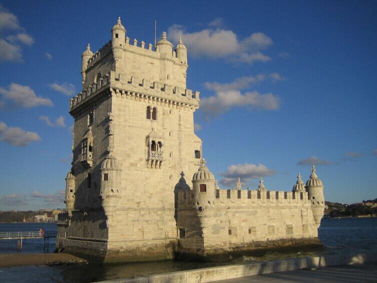 Башня Торре-де-Белен (Беленская башня) — образец стиля «Мануэлино»